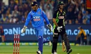 धोनी ने ऑस्ट्रेलिया के ख़िलाफ़ टी20 सिरीज़ में कौन सा एक और रिकॉर्ड बनाया?