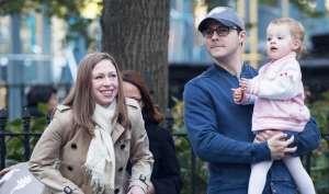 ट्रंप के खिलाफ खड़ी होंगी चेल्सी क्लिंटन की 2 वर्षीय बेटी