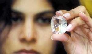 एक ऐसा हीरा जो जिसके पास गया वो हो गया बर्बाद!