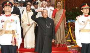कैसे होता है भारत में राष्ट्रपति चुनाव, किसका है पलड़ा भारी, पढ़िए...