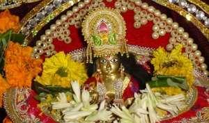 श्रीकृष्ण जन्माष्टमी आज: ऐसे करें मंत्रोच्चारण के साथ लड्डू गोपाल की पूजा