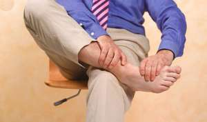 पैरों से मिल सकते है किडनी सहित कई बीमारियों के संकेत