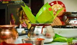 Navratri 2017: नौका में बैठ आएगी मां दुर्गा, इस शुभ मुहूर्त में करें घट-स्थापना