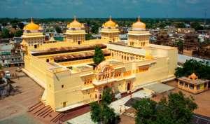 400 साल पुराने राम राजा मंदिर से सरकारी क्लर्क ने किए करोड़ों रुपये गबन