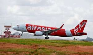 आसमान में हवाई जहाज ने लगाया 24,000 फीट का गोता, बड़ा हादसा टला