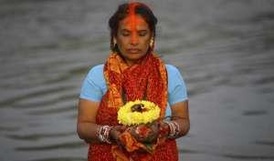 Chhath Puja 2017: जानिए छठ पूजा का शुभ मुहूर्त, महत्व, पूजा विधि और कथा