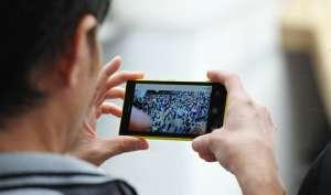 2020 तक टीवी और वीडियो देखने वाले आधे दर्शक मोबाइल पर हो जाएंगे शिफ्ट