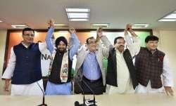 अरविन्दर सिंह लवली...- IndiaTV Paisa