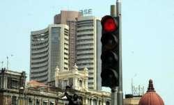 Sensex falls- IndiaTV Paisa