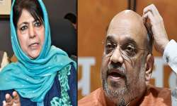 <p>mehbooba mufti and amit...- IndiaTV Paisa