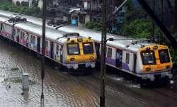 Incessant rain throws life out of gear in Mumbai- IndiaTV Paisa