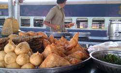 Food on Railway Stations- IndiaTV Paisa