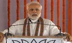 PM Narendra Modi tells in Shahjahanpur why Rahul Gandhi hugged him | PTI- IndiaTV Paisa
