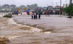 16 राज्यों में बारिश का सिलसिला जारी, एमपी, छत्तीसगढ़, गुजरात में भारी बारिश की चेतावनी- IndiaTV Paisa