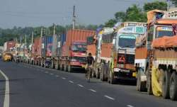 Truckers to go on strike on Friday- IndiaTV Paisa