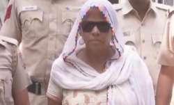 दिल्ली के संगम विहार से 'लेडी डॉन' बशीरन उर्फ मम्मी गिरफ्तार- IndiaTV Paisa