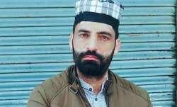 जम्मू-कश्मीर: पुलवामा में आतंकियों ने की बीजेपी कार्यकर्ता शाबिर अहमद की हत्या- IndiaTV Paisa
