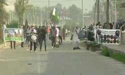 जम्मू कश्मीर में बकरीद के मौके पर नमाज़ पढ़कर लौट रहे पुलिसकर्मी की हत्या- IndiaTV Paisa