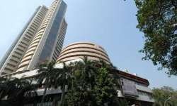 Market Capitalisation of 4 companies out of top 10 sensex listed companies rose by Rs 34982 cr- IndiaTV Paisa