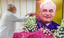 LIVE: पूरे देश में निकलेगी अटल की अस्थि कलश यात्रा, 36 कलशों में अंतिम विदाई- IndiaTV Paisa