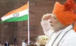 Independence day 2018: प्रधानमंत्री नरेंद्र मोदी ने लाल किले से राष्ट्रीय ध्वज फहराया- IndiaTV Paisa