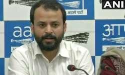 Ashut Khaitan resigns from AAP after Ashutosh- IndiaTV Paisa