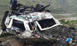 शिमला में सड़क दुर्घटना में 10 की मौत, तीन घायल- IndiaTV Paisa