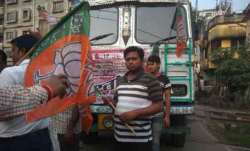 बीजेपी का बंगाल बंद आज, बसों में तोड़फोड़, रोकी गई ट्रेनें- IndiaTV Paisa