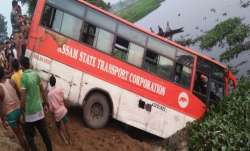 Seven dead, over 20 injured as bus falls into pond near Guwahati- India TV Paisa