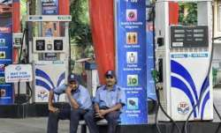 <p>Delhi: Strikes hit transport...- India TV Paisa