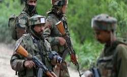 जम्मू-कश्मीर: सुंदरबनी सेक्टर में 3 जवान शहीद, सेना ने 2 पाक घुसपैठियों को भी मार गिराया- India TV Paisa