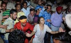 Amritsar Train Accident: क्या हुआ उस रात, हादसे की कहानी चश्मदीदों की जुबानी- India TV Paisa