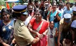 सबरीमाला पर केरल में तनाव बरकरार, हड़ताल का ऐलान, कई इलाकों में धारा 144 लागू- India TV Paisa