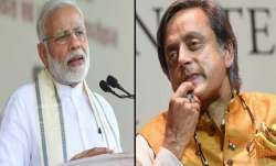 pm modi and shashi tharoor- India TV Paisa