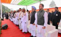 Many opposition leaders attend swearing-in of Ashok Gehlot- India TV Paisa