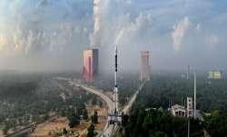 इसरो आज लॉन्च करेगा जीसैट-7ए उपग्रह, भारतीय वायुसेना के लिए है बहुत खास- India TV Paisa