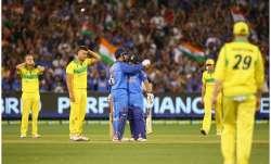 <p>एम एस धोनी और...- India TV Paisa