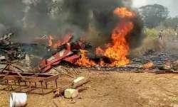बेंगलुरू एयरशो रिहर्सल के दौरान बड़ा हादसा, दो सूर्य किरण विमान टकराए; एक पायलट की मौत- India TV Paisa