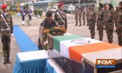 <p>Army pays...- India TV Paisa