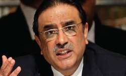 Ex Pak president Asif Ali Zardari has a word of caution for Imran Khan - India TV Paisa