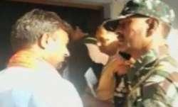 बुलंदशहर से बीजेपी उम्मीदवार भोला सिंह एक दिन के लिए नजरबंद- India TV Paisa