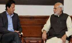 Imran Khan speaks to PM Modi, expresses desire to work together- India TV Paisa
