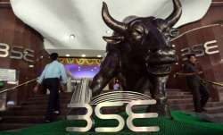 Sensex plunges 407 pts; Yes Bank cracks 4 pc - India TV Paisa