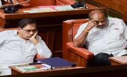 Karnataka Chief Minister HD Kumaraswamy with his...- India TV Paisa