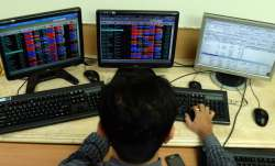 Sensex tanks 306 pts; HDFC twins sink- India TV Paisa