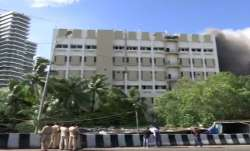 Fire breaks out in MTNL building at Bandra- India TV Paisa