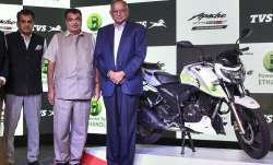 Union Minister for Road Transport and Highways Nitin Gadkari, Chairman TVS Motor Srinivasan and CEO - India TV Paisa