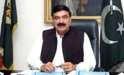 Eggs thrown and punches blown at Pakistani Minister Sheikh Rasheed Ahmad in London | Facebook- India TV Paisa