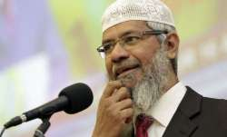 Zakir Naik apologize for his statement in Malaysia- India TV Paisa