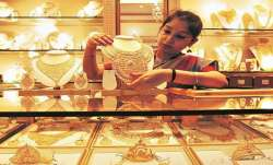 Gold prices rally Rs 460 on weak rupee, rise in crude prices- India TV Paisa